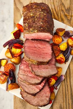 This Is The Only Roast Beef Recipe You'll Ever NeedDelishYou can find Roast beef recipes and more on our website.This Is The Only Roast Beef Recipe You'll Ever NeedDelish Roast Beef Recipes, Meat Recipes, Cooking Roast Beef, Cooking Ham, Lamb Recipes, Healthy Recipes, Christmas Meat, Christmas Main Dishes, Gourmet