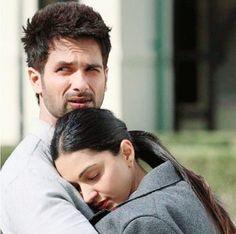 Kabir singh amazing couple a d amazing flim S Love Images, Love Couple Images, Cute Love Couple, Couples Images, Couples In Love, Couple Pics, Cute Romantic Quotes, Romantic Pictures, Romantic Movies