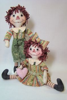 Nelly & Nyles are Official Members of the Tiny Rag Doll Collection. Pattern from Terese Cato