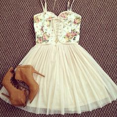 dress shoes floral summer dress summer outfits floral skirt pink spring summer outfits girly vintage cute casual pastel skirt hot boots floral short dress corsage blouse tandress floral white short dress blouse short