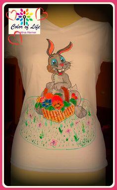 f9ba40f4a3 Bemutatom a legújabb pólófestést, amit nemrég készítettem, és hát persze  Húsvétra.