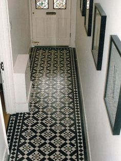 Victorian tile in the hallway (Victorian Tile Company) - corridor 2019 Victorian Tiles, Victorian Interiors, Victorian Terrace, Hall Tiles, Tiled Hallway, Tile Entryway, Stair Landing, Landing Decor, Hall Flooring