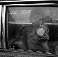 Vivian Maier, Boy in car with droplets