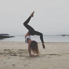 beach yoga #fitspo