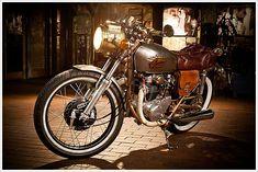 Steampunk Frankenstein Cafe Racer Named Isabel Honda Cb250, Cb350, Enfield Motorcycle, Scrambler Motorcycle, Motorcycles, Steampunk Motorcycle, Steampunk Cafe, Cafe Bike, Vintage Cycles