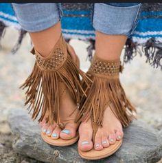 [£ Women's PU Flat Heel Sandals Flats Peep Toe With Buckle shoes - VeryVoga Fringe Sandals, Cute Sandals, Sandals For Sale, Flat Sandals, Gladiator Sandals, Gladiators, Hippie Chic, Boho Chic, Flip Flops Damen