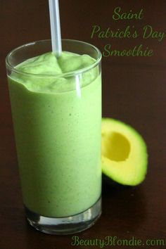 Avocado and Pineapple Smoothie