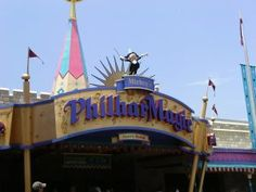 """walt disney world attractions - mickey's philharmagic  - 5 Walt Disney World Attractions That Are """"Spiritual Sequels"""" to Older Attractions -www.wdwradio.com"""