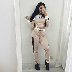 Tracksuits 2017 Autumn Polyester Full Drawstring New Hot Hooded Leisure  Suit Female Hit Hoodie + Trousers Two Sets Of Women