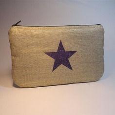 Trousse pochette plate en lin doré avec étoile violette pailletée