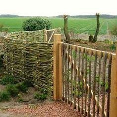 wattle fence, love....