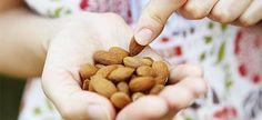 Θέλετε να ζήσετε μέχρι τα βαθειά γεράματα; Δείτε ποιες είναι οι 10 διατροφικές συνήθειες που ακολουθούν οι
