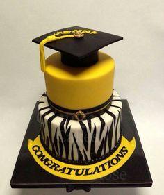 Graduation xake Fancy Cakes, Cute Cakes, Pretty Cakes, Beautiful Cakes, Amazing Cakes, Fondant Cakes, Cupcake Cakes, Black Fondant, Cake Central
