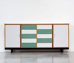 Formica sideboard circa 1950 | furniture-love.com | DesignAddict