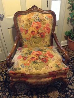 THOMASVILLE Vibrant Modern Floral Chair Living Room Fabric Pattern Lounge Chair