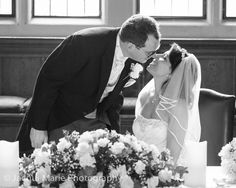 Stunning & affordable wedding photography by Hampshire wedding photographers Jacqui Marie Photography. VISIT http://jacqui-marie-photography.co.uk for details