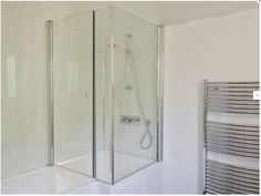 Holiday Accommodation, Isle Of Wight, Divider, Bathtub, Room, Furniture, Home Decor, Standing Bath, Bedroom