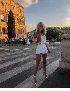 50 inspiring summer outfits to try on vacation – Fashion – 50 inspirierende Sommeroutfits zum Anprobieren – Mode – Casual Summer Outfits, Spring Outfits, Trendy Outfits, Summer Dresses, Maxi Dresses, Outfit Summer, Summer Holiday Outfits, Floral Dresses, Summer Shoes
