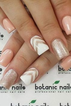 False nails have the advantage of offering a manicure worthy of the most advanced backstage and to hold longer than a simple nail polish. The problem is how to remove them without damaging your nails. Marriage is one of the… Continue Reading → Cute Nails, Pretty Nails, My Nails, Nails 2017, Glam Nails, Classy Nails, Chevron Nails, Gold Chevron, Neutral Nails