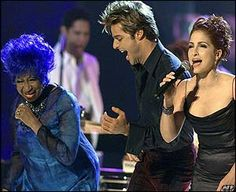 Cuban-American salsa singer Celia Cruz joined by Ricky Martin and Gloria Estefan at first Latin Grammy ceremony (2000)