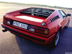 BMW m1 e26 1981 - proof that BMW's can be elegant