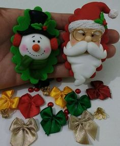 Polymer Clay Ornaments, Polymer Clay Projects, Ornament Crafts, Polymer Clay Creations, Diy Christmas Ornaments, Diy Christmas Gifts, Christmas Projects, Christmas Decorations, Easy Clay Sculptures