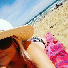 Beach time  #reality #freezing #warrnambool #sunbaking #surf #swim #brother #friends #summer #australia by actressshereeperkins