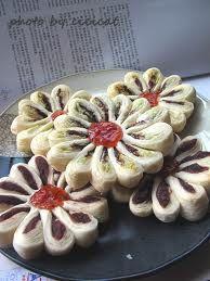 (Dou sha mei hua su) Red bean Plum blossom pastry