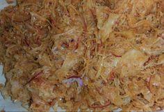 Fűszeres savanyú káposzta Hungarian Recipes, Hungarian Food, Food And Drink, Pork, Canning, Chicken, Kale Stir Fry, Hungarian Cuisine, Pigs