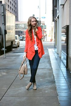 @Chelsea Lane from Zipped looks fab in her @Sam Edelman Petty boots