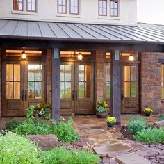 Texas Hill Country style home with standing-seam metal roof - House Designs Exterior Texas Hill Country, Hill Country Homes, Country Style, French Country, Country Patio, Rustic Patio, Rustic Outdoor, Modern Country, Western Style