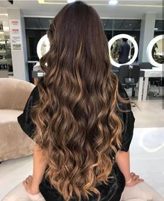 Ideas hair brown highlights blunt cuts Best Picture For Hairstyle for school curly For You Brown Hair Cuts, Brown Hair Shades, Brown Ombre Hair, Brown Hair Balayage, Brown Blonde Hair, Long Brown Hair, Light Brown Hair, Brown Hair Colors, Brunette Hair