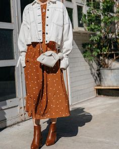 """6 Trends That Are So """"Summer summer polka dots White denim jacket brown dress modern vintage - Global Outfit Experts Fashion Mode, Modest Fashion, Look Fashion, Korean Fashion, Trendy Fashion, Fall Fashion, Street Hijab Fashion, Trendy Style, Womens Fashion"""