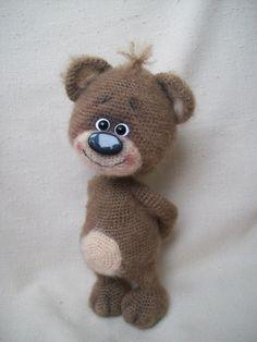 PDF Мишка Валентинчик. Бесплатный мастер-класс, схема и описание для вязания игрушки амигуруми крючком. Вяжем игрушки своими руками! FREE amigurumi pattern. #амигуруми #amigurumi #схема #описание #мк #pattern #вязание #crochet #knitting #toy #handmade #поделки #pdf #рукоделие #мишка #медвежонок #медведь #медведица #bear #teddybear #teddy