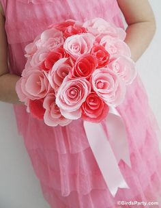 Bird's Party Blog: How to Make Crepe Paper Roses for Floral Bouquets
