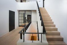 Villa's en landhuizen – Atelier 3 Interior Stairs, Interior Design Living Room, Building Design, Building A House, Belgian Style, Hallway Decorating, My Dream Home, Ideal Home, Home Deco