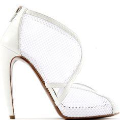 white wonder =   Walter Steiger leather-trimmed net boot