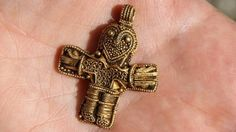 Tiny Viking crucifix could rewrite history
