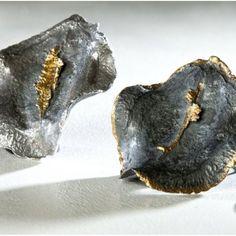 Colgante seeds. Semillas de #plata de 925 envejecidas y #oro de 18 quilates, con técnica kumbo. Incluye cadena, con posibilidad de escoger la cadena de plata pulida o oxidada.