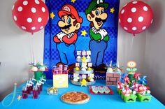 Love this Super Mario Bros backdrop!