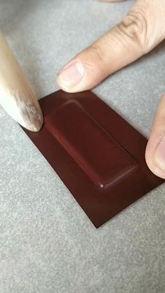 Leather Art, Sewing Leather, Leather Tooling, Leather Jewelry, Custom Leather, Diy Leather Projects, Leather Diy Crafts, Leather Craft Tools, Handmade Leather Wallet