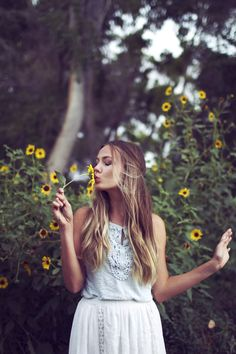 Sunflower kiss girly kiss outdoors nature flowers trees hipster pretty