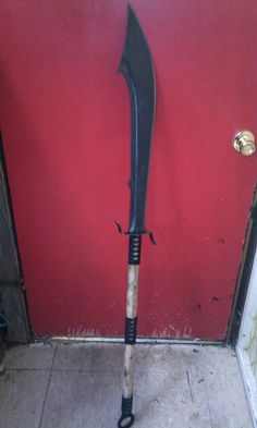 Japanese Naginata: Basically, it's a massive Knife of a Stick! This style was originally designed to disembowel horses in cases of mounted calvary assault. Longer versions were the primary weapon of female samurai!