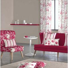 Tejido Rosette D. Tejido tipo visillo estampado con flores, con este tejido se puede confeccionar todo tipo de cortinas, estores y panel japonés. 60% poliéster y 40% lino. Ancho del tejido 300 cm. Colores: Rosa, Azul y Doré
