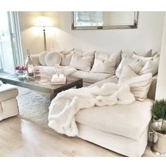 If only I did not have a house full of boys, I adore white furniture! It will be mine as soon as there all grown up oh yes it will be mine!