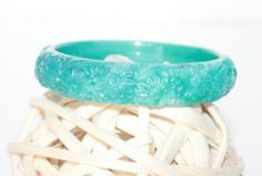 VINTAGE Jewelry Lucite PLASTIC Stained Marbled Teal Floral BANGLE BRACELET