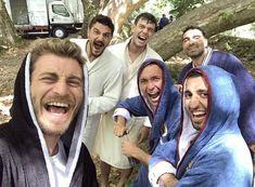 Turkish Military, Turkish Men, Turkish Actors, Turkish Women Beautiful, Turkish Beauty, Fall Photo Shoot Outfits, Ariana Grande Songs, Turkish Soldiers, Friends Moments