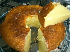 A desert in Brazil that is common to the people there. Other Recipes, Sweet Recipes, My Recipes, Cake Recipes, Favorite Recipes, Portuguese Desserts, Portuguese Recipes, Brazillian Food, Cakes For Women