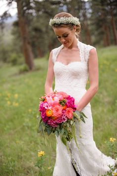 Pretty dress: http://www.stylemepretty.com/2014/10/21/rustic-bohemian-colorado-rocky-mountain-wedding/ | Photography: KJ & Rob Photographers - http://www.kjandrob.com/