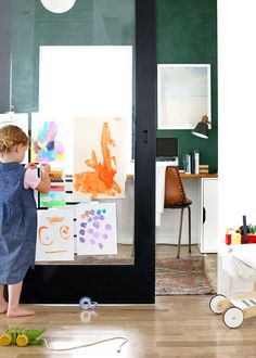 Back to school ideas for preschoolers. Make a gallery wall, label everything with washi tape, and create a family calendar.